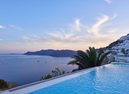 2. Κατηγορία Villas & Suites in Oia - Foinikia_compressed