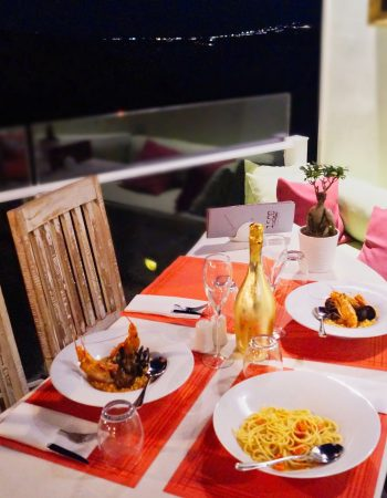 1500BC Restaurant in Fira Santorini