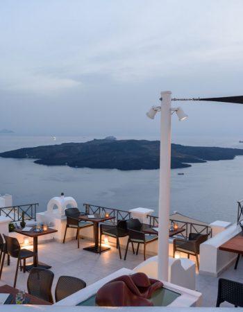VR Cafe Bar Santorini