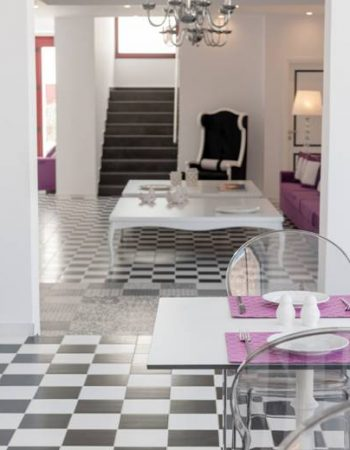 Mar & Mar Crown Suites