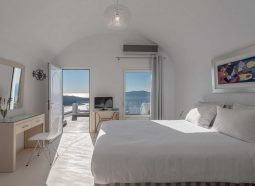 villa-renos-cyclades-santorini-deluxe-room