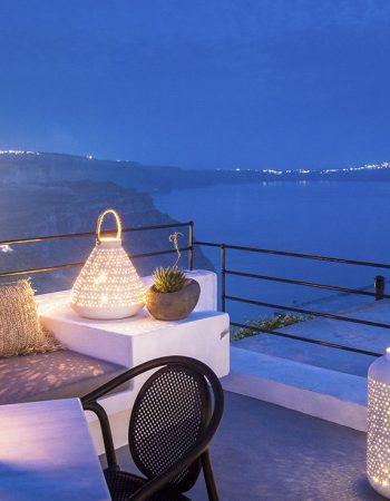 Amelot Art Suites Santorini